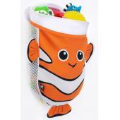 Zoznámte sa s kapitánom Nemom, ktorý vám pomôže udržať kúpeľňu elegantnú a upratanú. Organizér na hračky BenBat pojme až 2 Kg. Je vyrobený z pevného plastu a je vybavený praktickými vychytávkami ako sú silikónové prísavky pre prichytenie organizéra na stenu kúpeľne alebo sieťovinou, vďaka ktorej môžu hračky po kúpeli ľahko odkvapkať, čo znižuje riziko vzniku plesní.      Vhodné od narodenia.     Rozmery: výška 40 cm, dĺžka 34 cm, šírka 14,5 cm  funkcie      Jednoduchá inštalácia za pomocou silikónových prísaviek     Jednoduché naberanie hračiek z vody     Zadná sieťová časť, pre rýchle odkvapkaní vody z hračiek