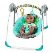 Zábava na prvom mieste! Pre veselý dizajn vytvorí hojdačka Zig Zag Zebra zábavné miesto pre vaše dieťatko. Sedacia časť je vybavená mäkkou tkaninou v krásnych veselých farbách. Táto ľahko prenositeľná hojdačka je vybavená funkciami vrátane dvoch nastaviteľných polôh, dvomi sladkými hračkami, ktoré budú vytvárať zábavu vášmu dieťatku a technológiou, ktorá upokojí dieťa. Rovnako je hojdačka vybavená technológiou TrueSpeed™, ktorá sníma hmotnosť dieťaťa a tým udržuje všetkých 6 rýchlosti kývania konzistentné s rastom dieťatka. Technológia WhisperQuiet™ udržuje dieťatko spokojné a v úplnom pokoji. Hrazdička je odnímateľná jednou rukou, čo zabezpečí jednoduchý prístup k dieťatku. Zdobia ju dve hračky, ktoré zabezpečia veľa zábavy pre dieťa. Sedaciu časť je možné vyňať a dať do pračky, čo umožňuje ľahko udržovať hojdačku v čistote. Päťbodový bezpečnostný pás a protišmykové nožičky zabezpečujú bezpečnosť dieťaťa.  - technológia TrueSpeed™ udržuje šesť rýchlostí kývania konzistentné s rastom dieťaťa - dve nastaviteľné polohy - odnímateľná hrazdička pre ľahký prístup k dieťaťu a obsahuje 2 hračky - technológia WhisperQuiet™ pre pohodlie a upokojenie dieťaťa - hojdačka obsahuje 5-bodový bezpečnostný pás - protišmykové nožičky - hojdačka vyžaduje 4 C (LR 14) batérie, ktoré nie sú súčasťou balenia - vhodné pre deti od narodenia až do 9 kg  Rozmery produktu: 72,4 cm x 57,2 cm x 57,2 cm