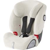 U spoločnosti BRITAX RÖMER bol vyvinutý letný poťah špeciálne určený pre detské autosedačky, ktorý prispeje k tomu, aby sa Vášmu dieťaťu pohodlne sedelo aj za horúceho počasia.  Veľmi mäkký froté poťah z polykotonu je veľmi savý, takže sa ideálne hodí do horúceho počasia. Ďalšie priaznivú vlastnosťou letného poťahu je to, že chráni detskú autosedačku pred viditeľným alebo ťažko odstrániteľným znečistením.