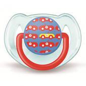6-18 mesiacov obrázok dievča • silikón • bez BPA • ochranný kryt NOVINKA!!! Ortodontická symetrická stlačiteľná silikónová násoska s odvzdušňovacím otvorom a jeho dokonalá symetria zaisťujú prirodzený vývoj zubov a ďasien – aj keď sa cumlík v ústach vášho dieťaťa otočí. Môžu prísť okamihy, kedy vôbec nič nedokáže ukľudniť vaše nepokojné dieťa. To sú chvíle, kedy môžu pomôcť cumlíky, ktoré vás tak zbavia pocitu bezmocnosti a znepokojenia. AVENT rozumie vaším starostiam, a preto vyrába cumlíky najvyššej kvality podľa najprísnejších bezpečnostných noriem (BS 5239:1988). Na rozdiel od neodvzdušnených cumlíkov sa cumlíky AVENT môžu sterilizovať parou. Každý cumlík má svoj ochranný kryt, aby bol pred použitím sterilný. Každý má tiež bezpečný guľatý krúžok. Predávajú sa v atraktívnom balení po dvoch kusoch. Cumlík je s tvarovaným kotúčom a malou násoskou.